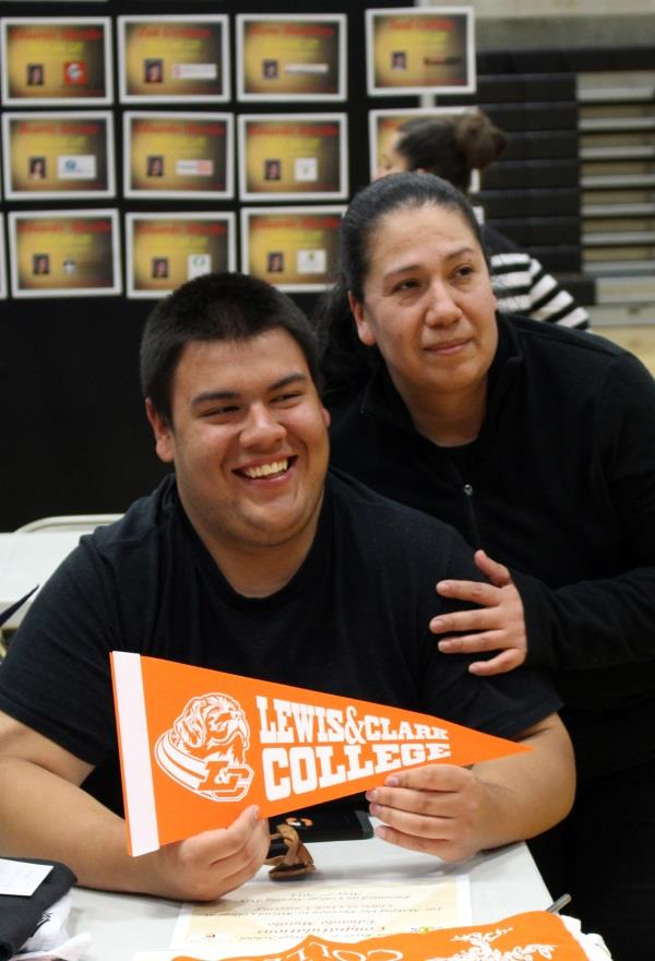 Murillo takes a photo with his mother on signing day when he announced his attendance to Lewis & Clark College. (Samantha Tipler)