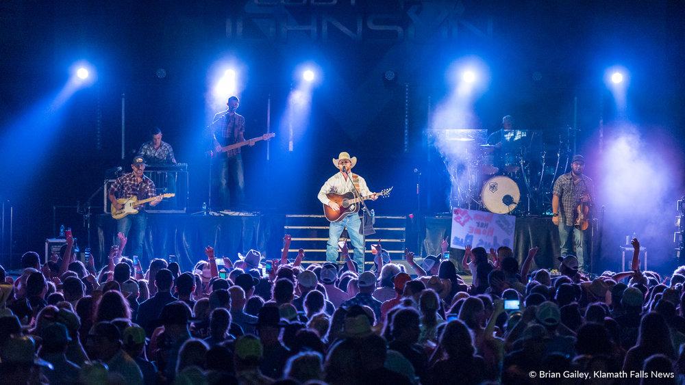 Cody Johnson headlines the 2018 Klamath County Fair. August 2, 2018 (Brian Gailey).