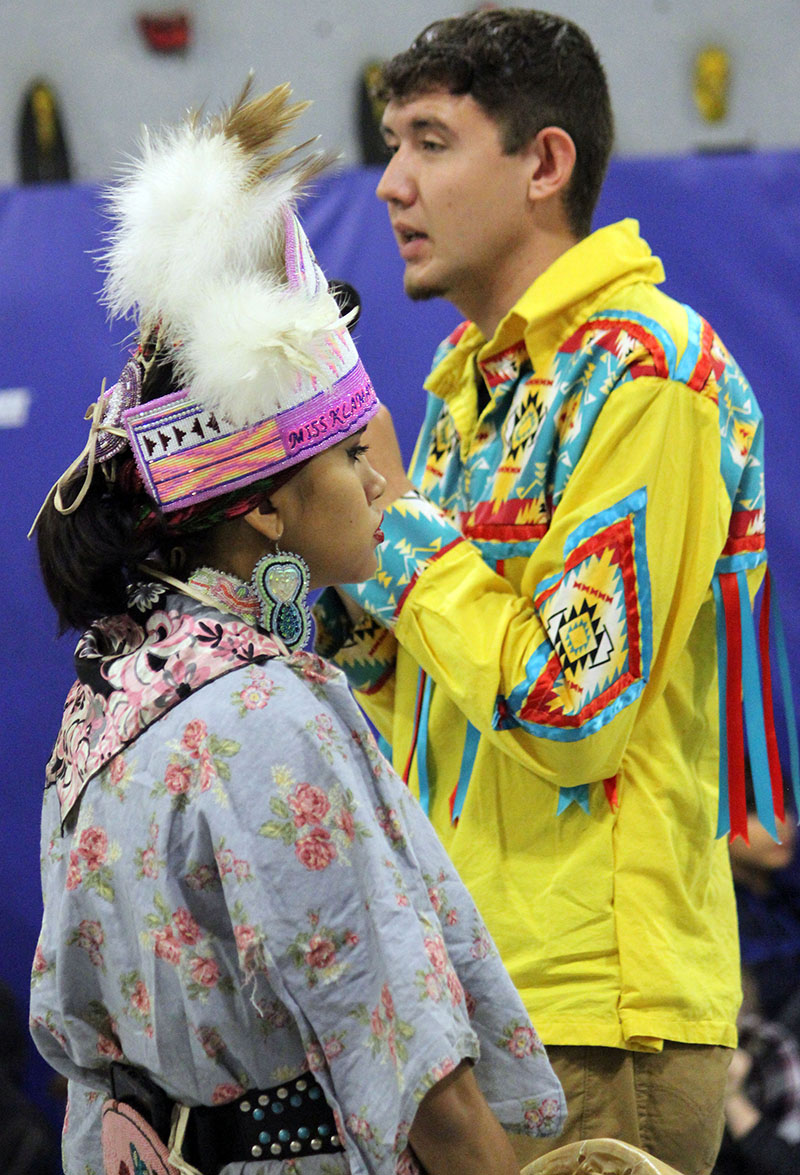 Will Hess and Laura Schroeder, Klamath Tribal members