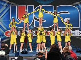 Henley cheerleading nationals 2.jpg