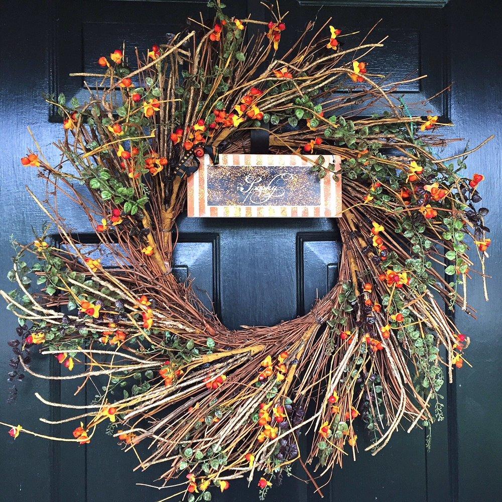 spooky wreath.JPG