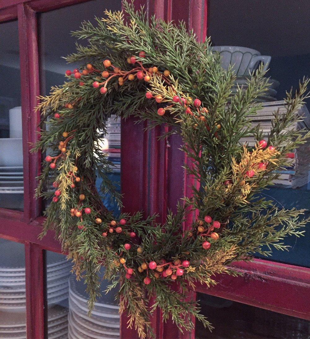 indoor wreath.JPG