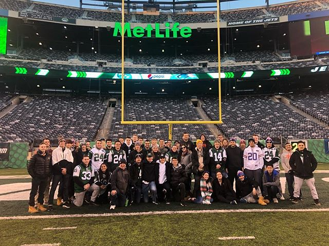 We had a great time at the Jets & Bills football game this weekend!! 🏈 Hope everyone had a great time... look out for posts about our meeting for tomorrow night👀