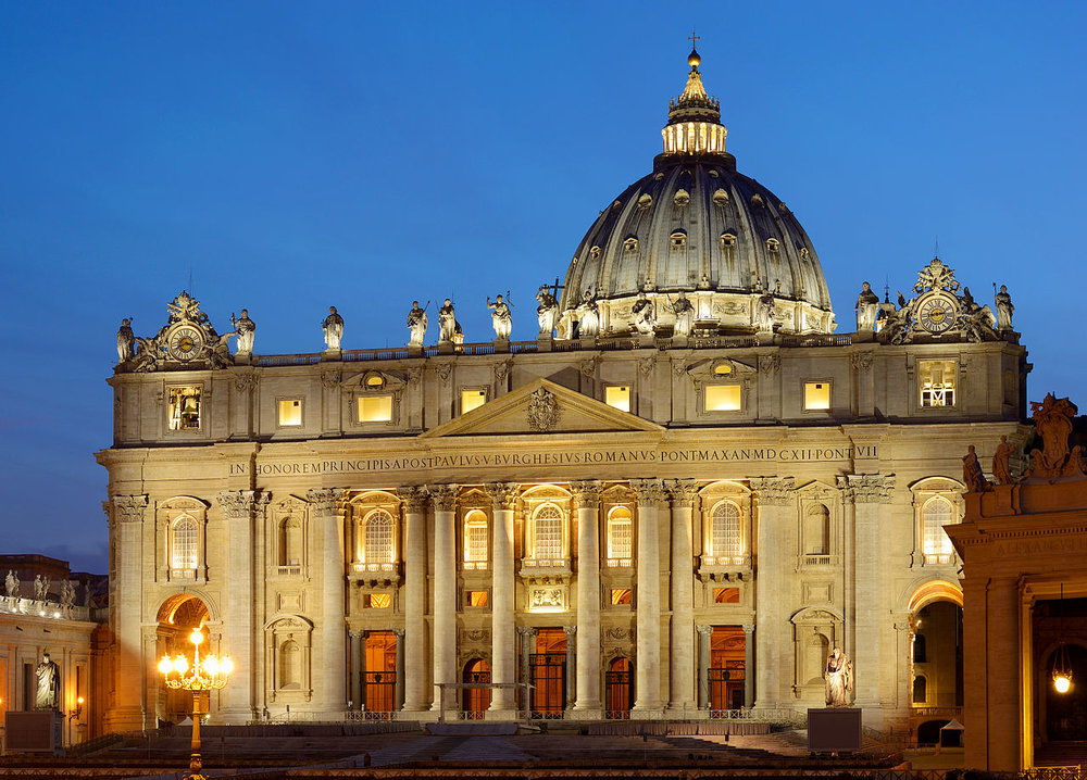 Saint_Peter's_Basilica_at_sunset.jpg