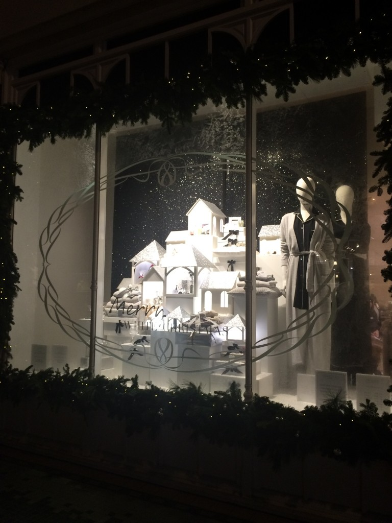 WHITE COMPANY Christmas Window