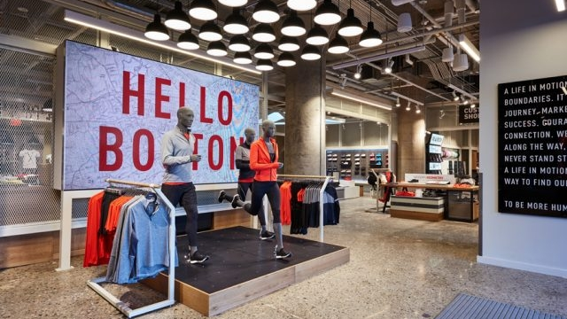 Reebok Dry Dock Hello Boston VM Display