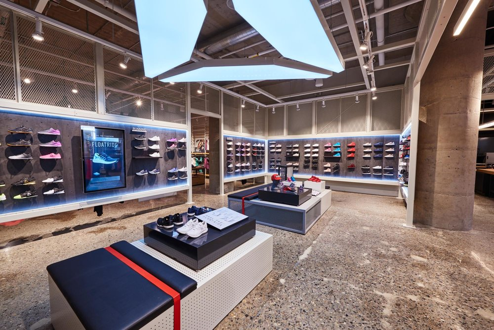 Reebok Dry Dock Store Boston USA - interior