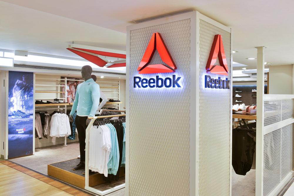 Reebok Harrods Shop SIS