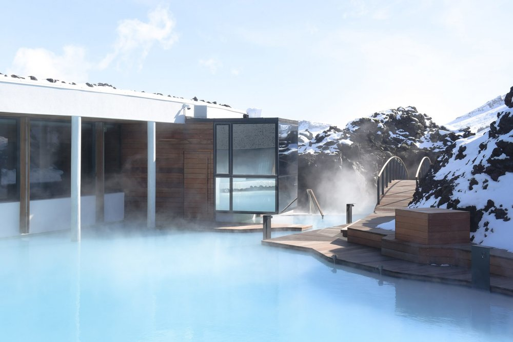 blue-lagoon-retreat-basalt-architecture-hotels-iceland_dezeen_2364_col_14-1704x1137.jpg