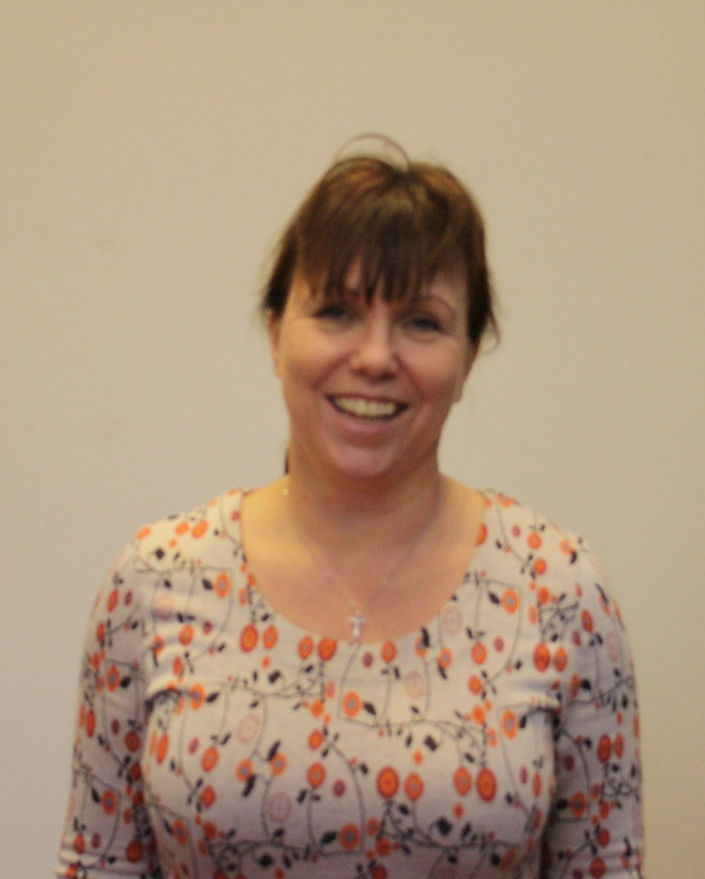 Beth Anderson - Curate   Beth is our curate. She is married to Mike and has three kids. They moved to St Helens in 2017 for her curacy.