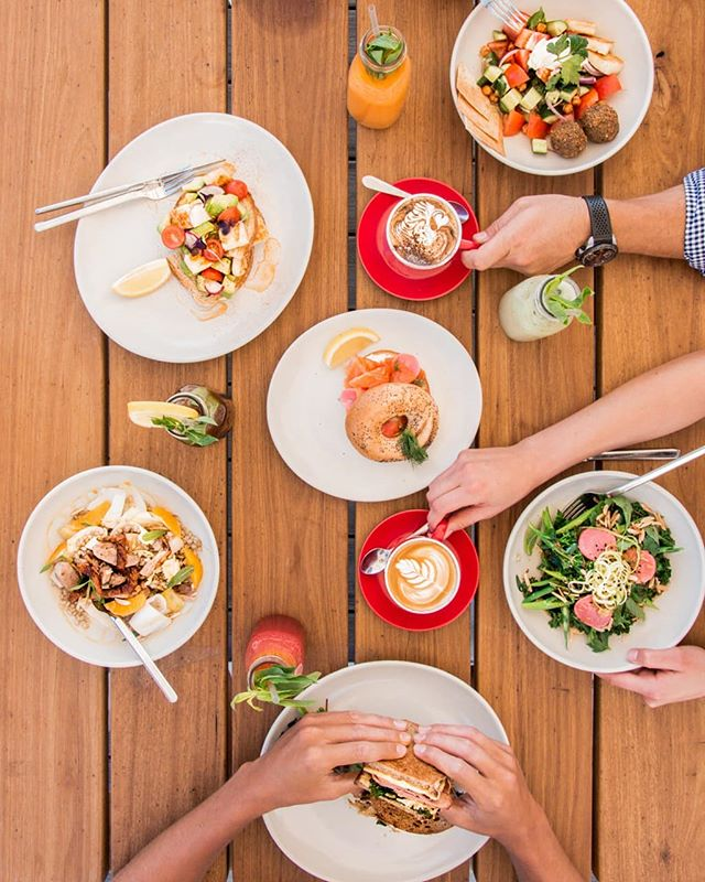 Fuel up after the beach with the kids. Or make the most of the Summer Holidays with sandy feet, salty hair and delicious food! 🍽️