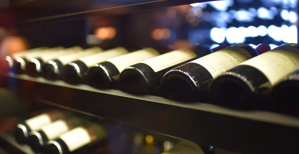 TB Wine Room Champagne i Sälen.jpg
