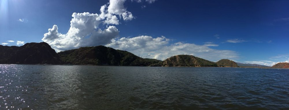 Represa de Betania, Huila, Colombia. Lovely landscape and ace food.