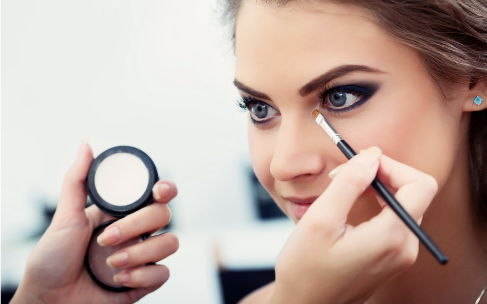 Ultra Beauty Salon in Whyteleafe - Professional Make Up