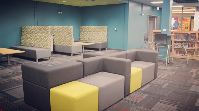 Booths and configurable lounge furniture are two rising trends in the school market.  Check out this fun library at Independence Junior High in Palos Heights where we provided this fun furniture! @thonet @national @hon  #frankcooneycompany #educationalenvironments #dealer #schoolfurniture #furniture #21stcenturylearning #k-12 #presentation #lounge #seating #highschool #mediacenter #library #LRC #palosheights #independencejuniorhigh