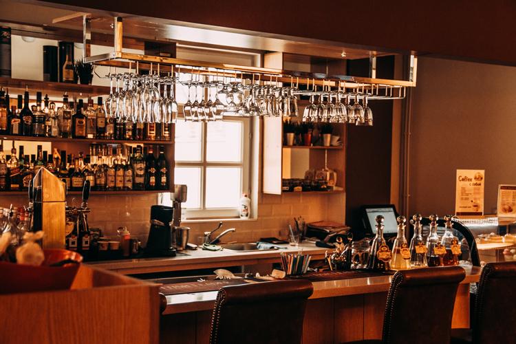 Tim Halley Consulting: Kitchen & Bar Design