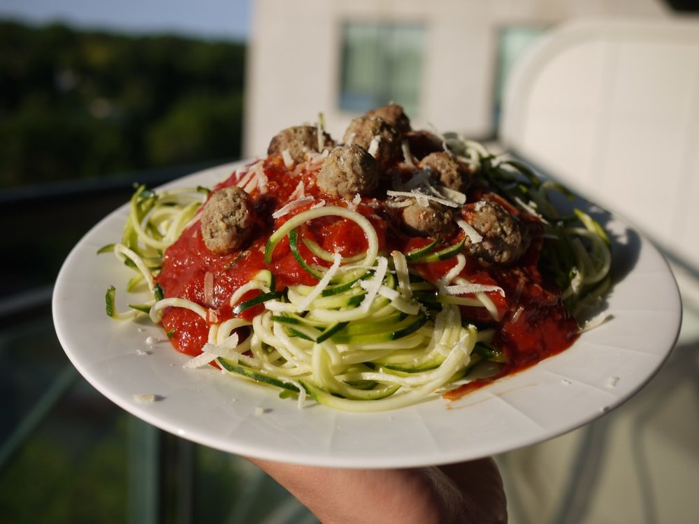 spaghetti-squash-and-meatballs2.jpg