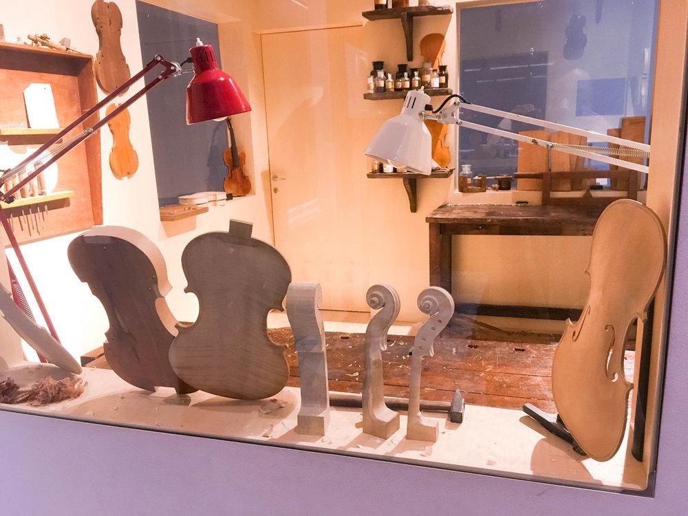 A peek into a violinmaker's workshop