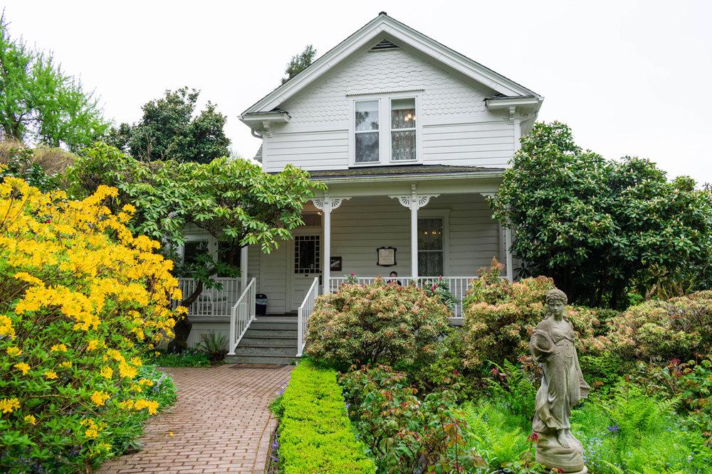 Hulda Klager Lilac Gardens - Woodland, WA