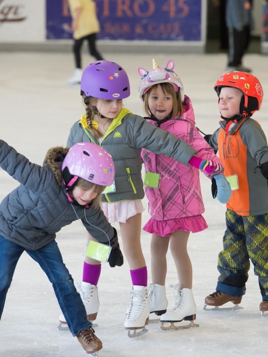 Learn-to-Skate-Follow-the-Leader-B.jpg
