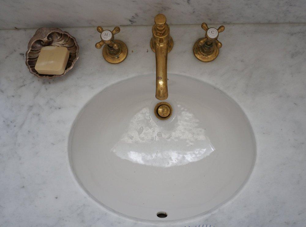carterdesign_powderrom_renovation_sink
