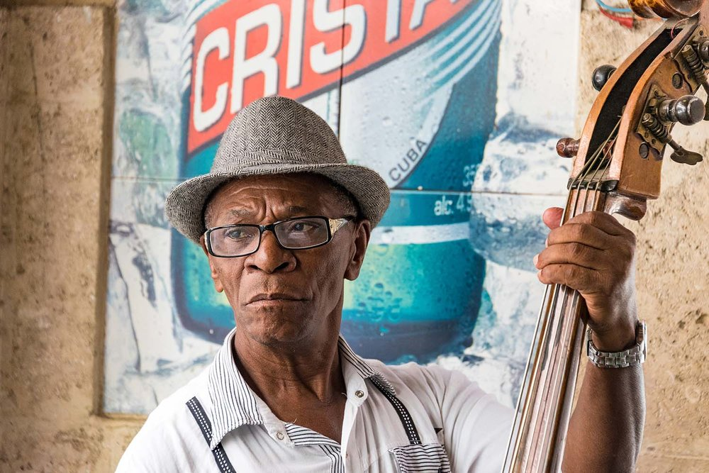 A cuban musician playing in Old Havana