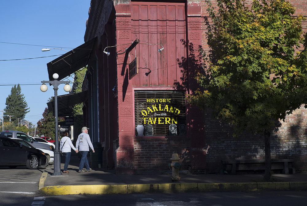 Oakland Tavern18.JPG
