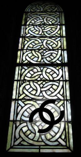 Chanel-tile-pattern-iconic-logo.jpg
