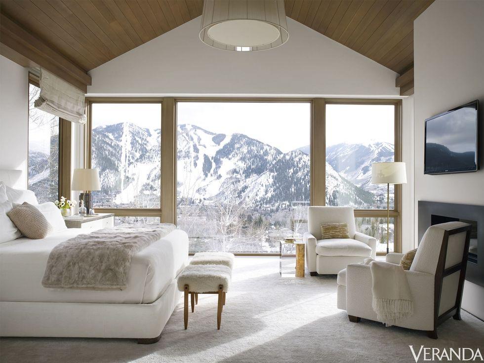 Veranda-Victoria-Hagen-aspen-colorado-house-bedroom.jpg