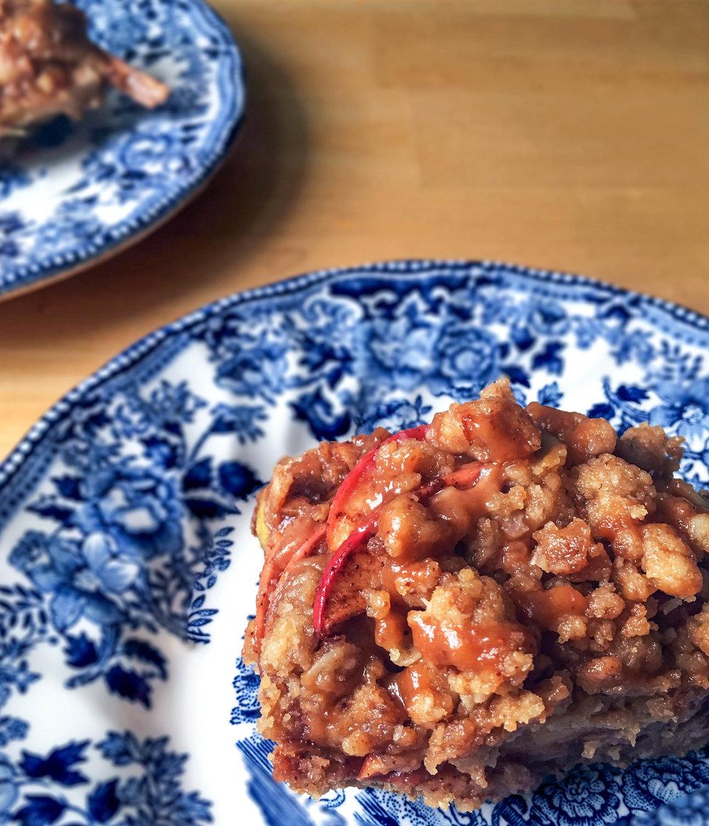 gluten free vegan apple pie bar salted caramel