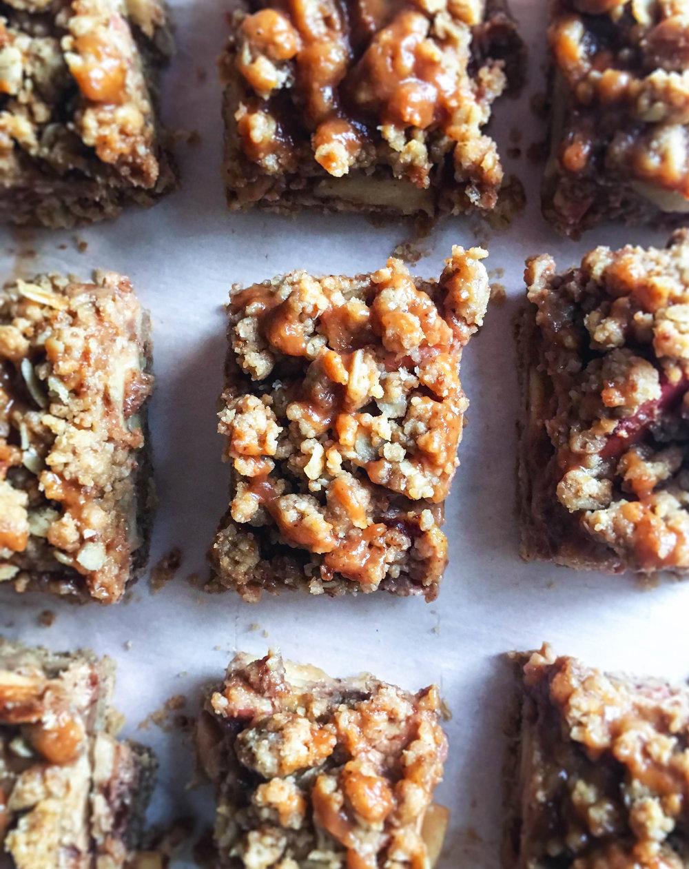 vegan gluten free salted caramel apple pie bars