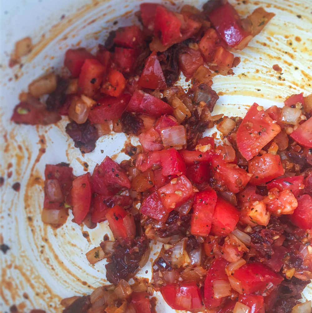tomato-soup-cooking-vegan-glutenfree.jpg