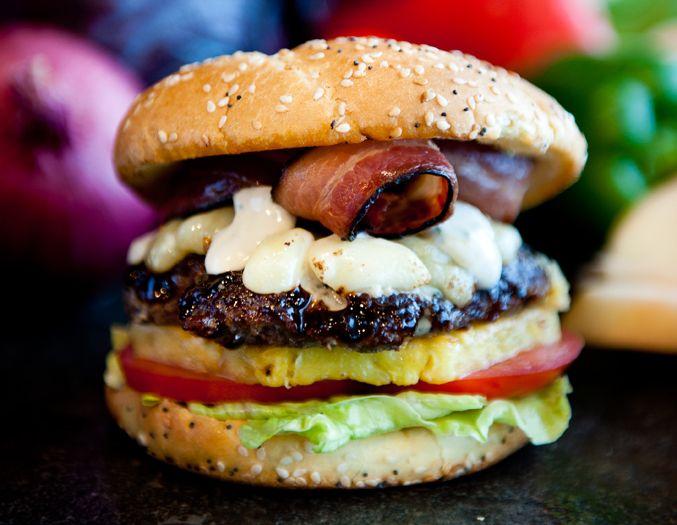 PringleBayFestival_hamburger.jpg