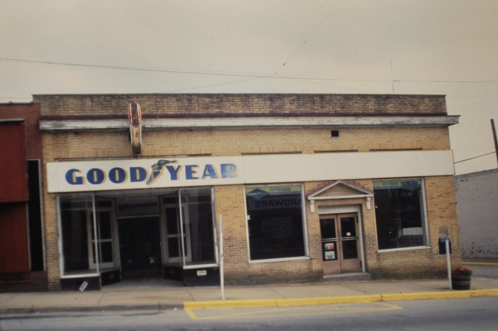204 Main Street on the left in the 80's