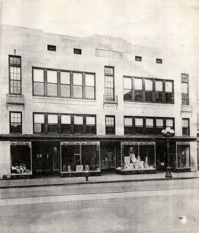 Early image ca. 1940 of the newly finished Belk's Dept. Store