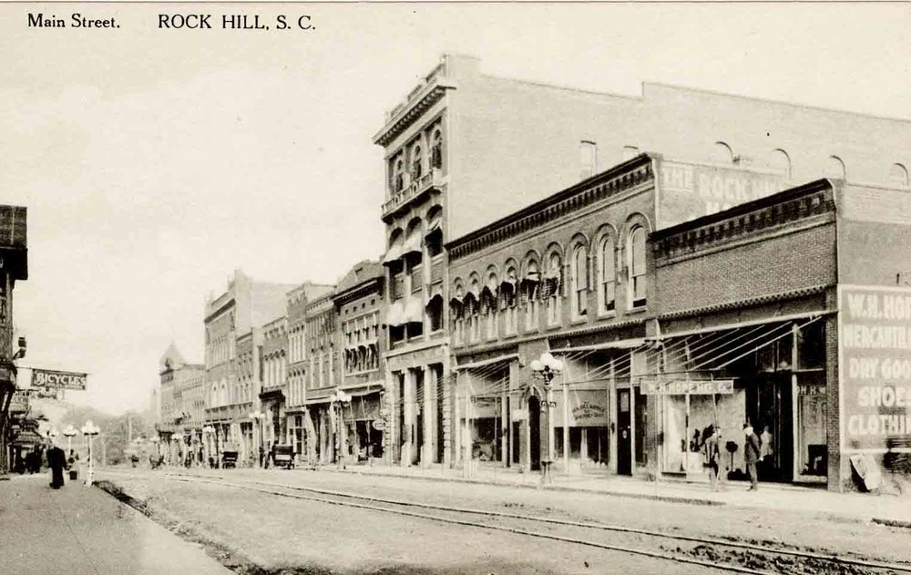 Main Street looking west circa 1910