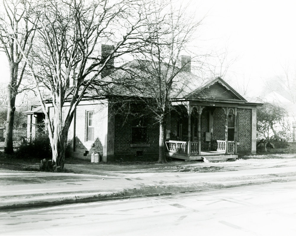 McCosh home prior to restoration ca. 1970