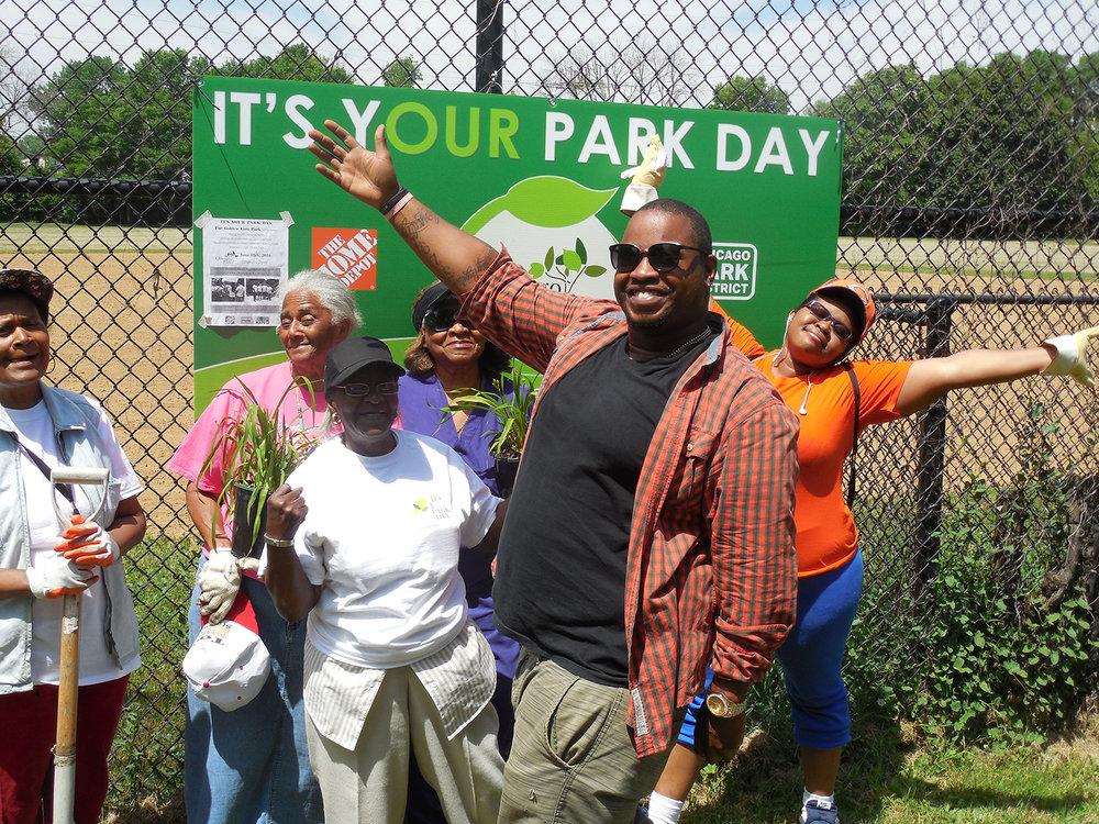 Golden Gate & Carver Park volunteers at IYPD 2016