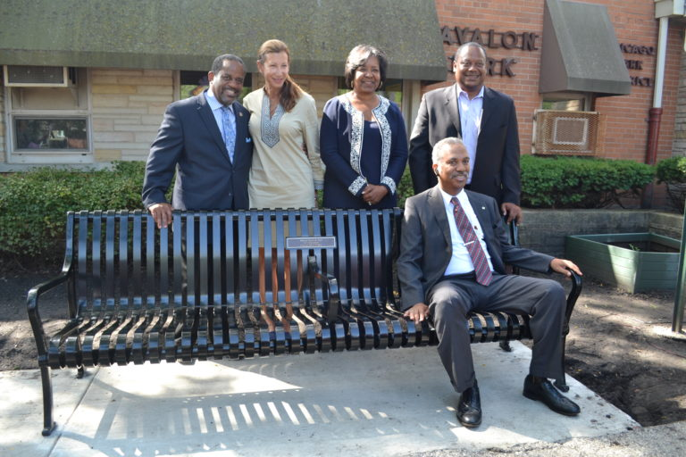 Zeke Morris, Chicago Association of REALTORS® Past President; Willa Lang, Chicago Parks Foundation; Alderman Michelle Harris of the 8th Ward; Alderman Roderick T. Sawyer of the 6th Ward; Sidney Maner, Marion Maner's son