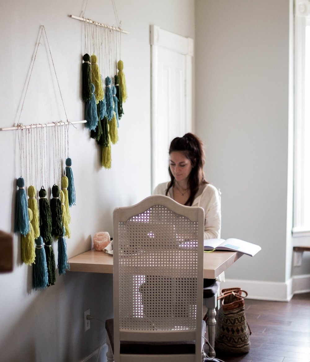that pretty woven tote will soon be available in the spring summer collection coming from Wawaha.ca.