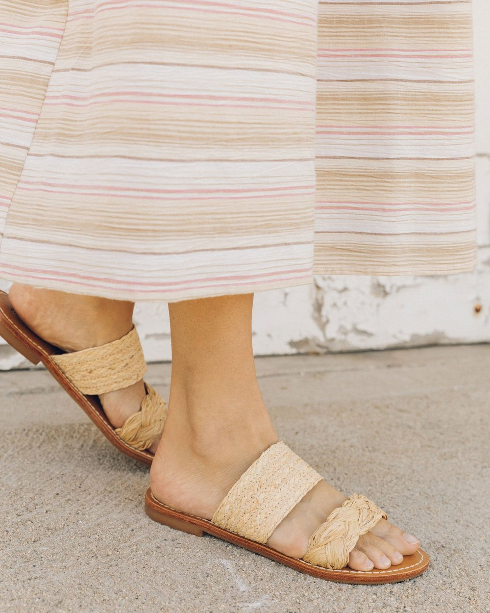 THE LITTLE MARKET   Raffia Braided Slide Sandal
