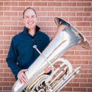 Alex Serwatowski , tuba