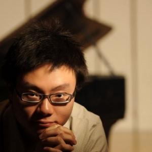Yu Zhang,  harpsichord