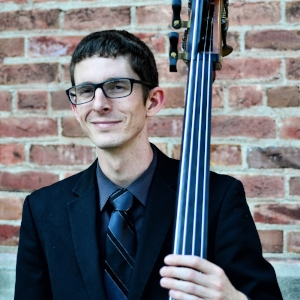 Bobby Scharmann,  bass