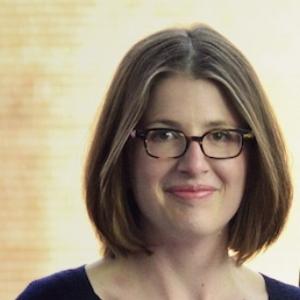 Sarah Curley , viola