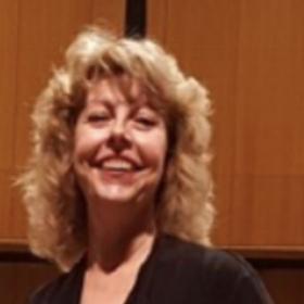 Judy Divis,  viola