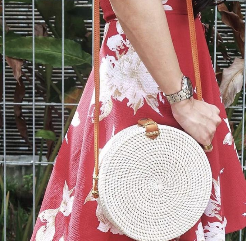 Kamiseta Mart -$68 White Circle Rattan Bag.png