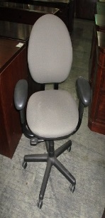 STEELCASE UPHOLSTERED TASK CHAIR