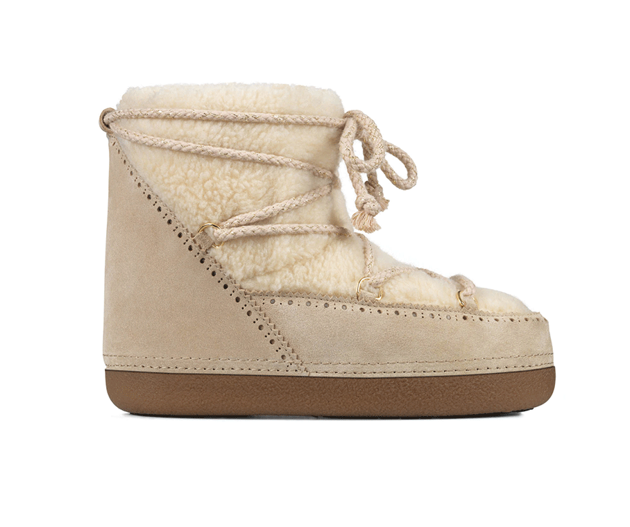 Snow boots by  Minelli