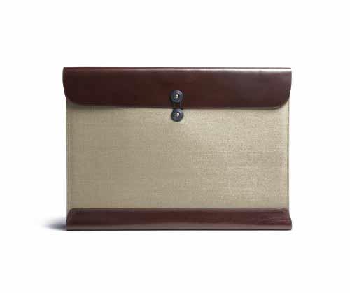 Case folder by  Postalco